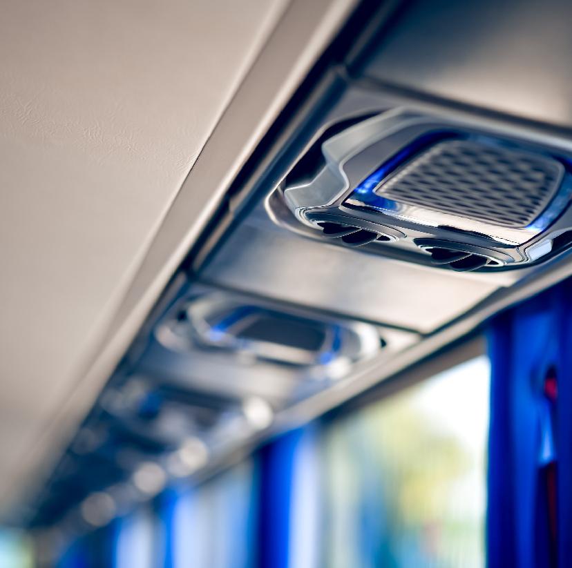 旅遊巴士公司新型車種供顧客選擇